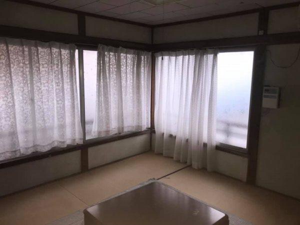 H31-6岡田港にある民宿